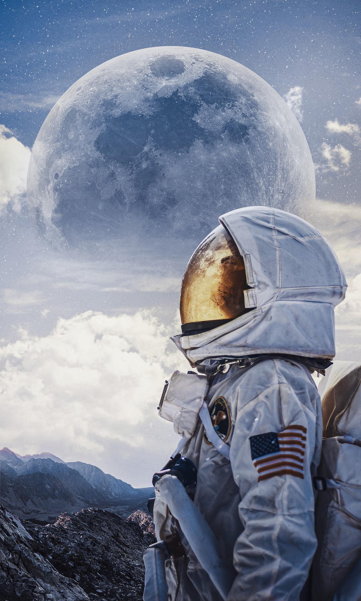 astronaut-5546460_1920.jpg